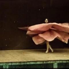 ANTEPRIME. IO DANZERO'. Stephanie Di Giusto riscopre Loïe Fuller | A Giugno nelle sale